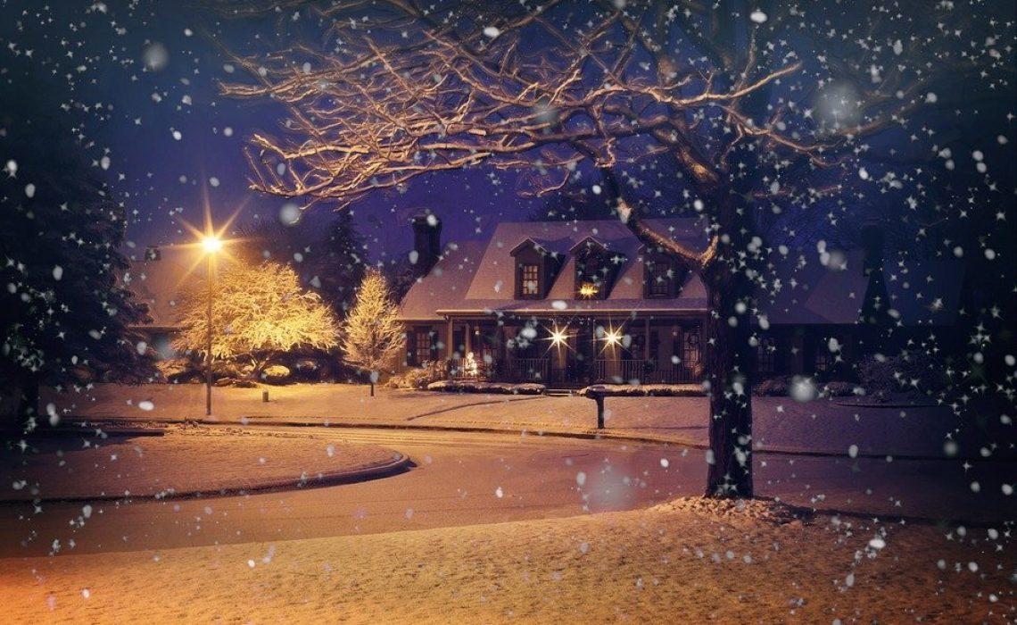 midnight-snow-1915907_960_720 (1)
